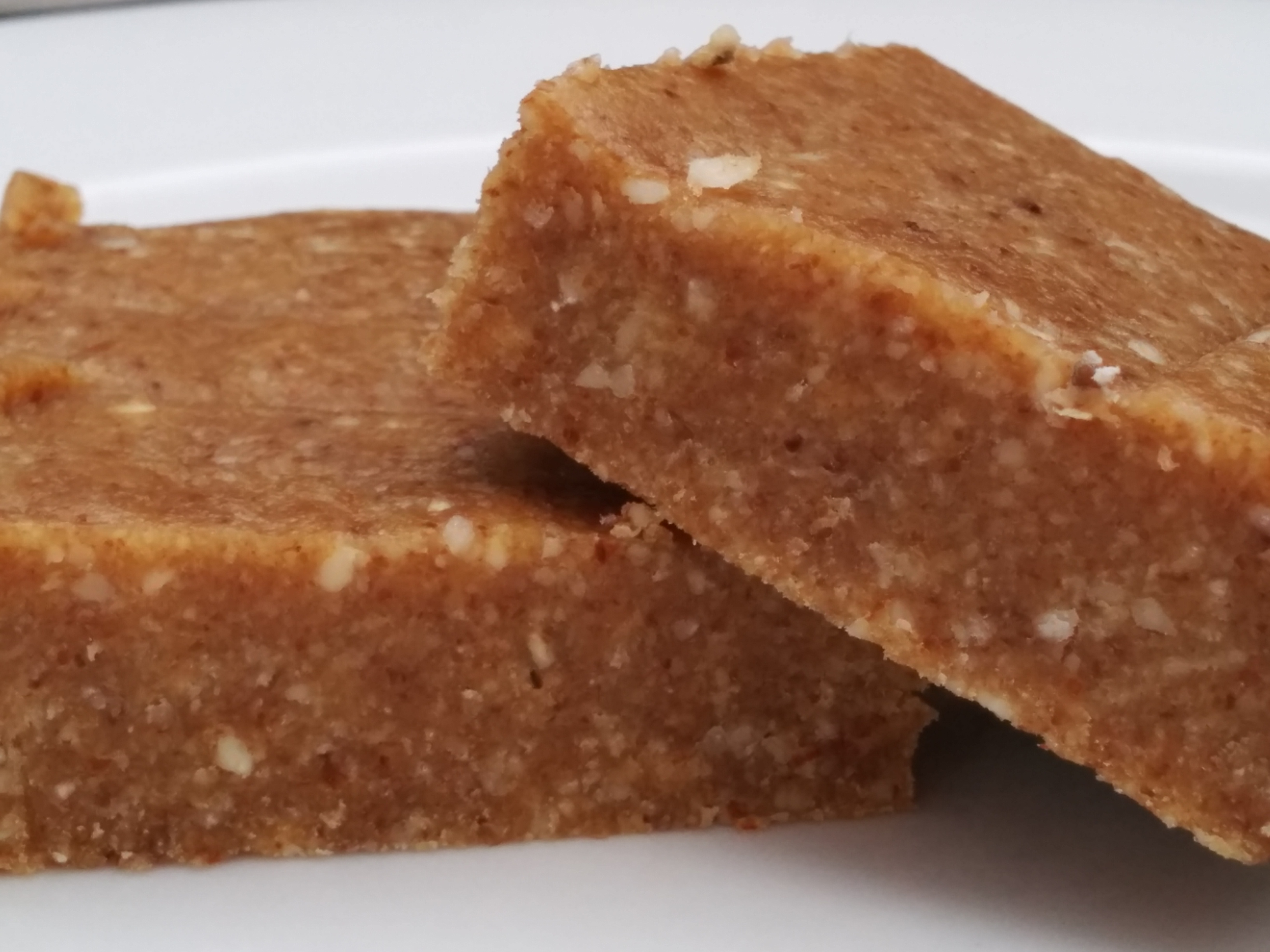 50 best paleo energy bar recipes page 4real energy food for Best bar food recipes